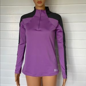 Under armour storm cold gear long sleeve top